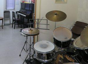 ドラムキット